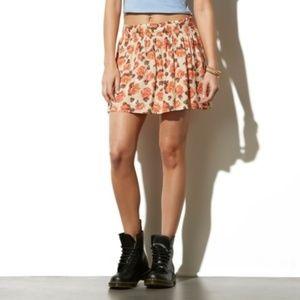 Adam Levine Cream Floral Mini Pleated Flared skirt